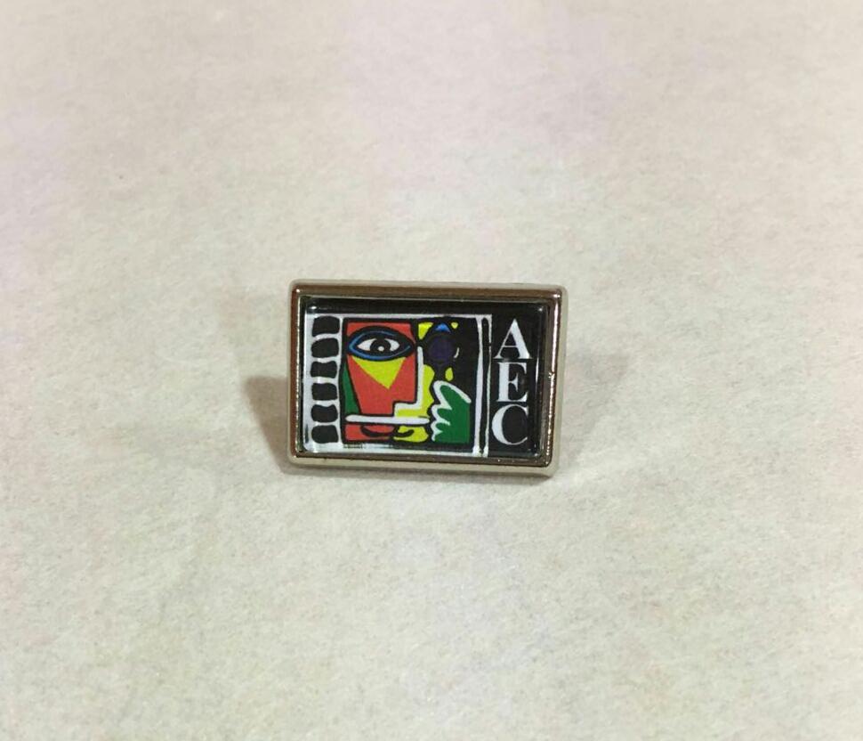 Pin merchandising